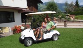 neuhaushof-golfcar-1