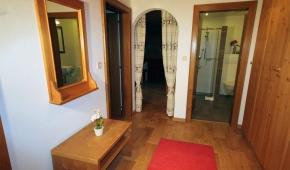 neuhaushof-appartement1-002-vorraum