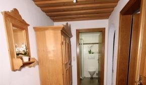 neuhaushof-appartement2-002-vorraum